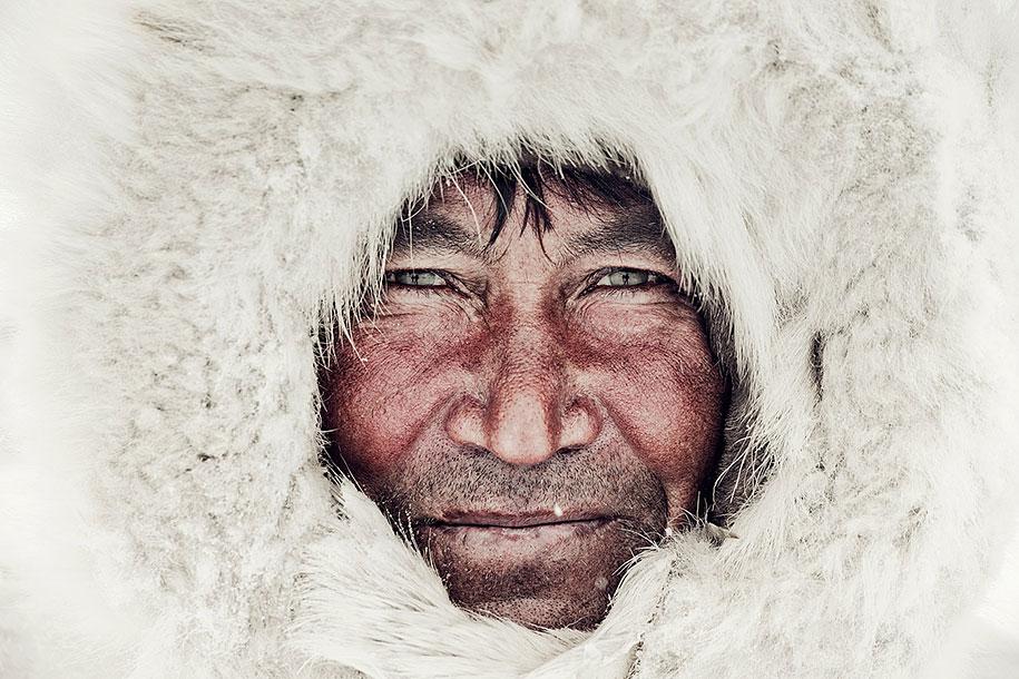 vanishing-tribes-before-they-pass-away-jimmy-nelson-44.jpg