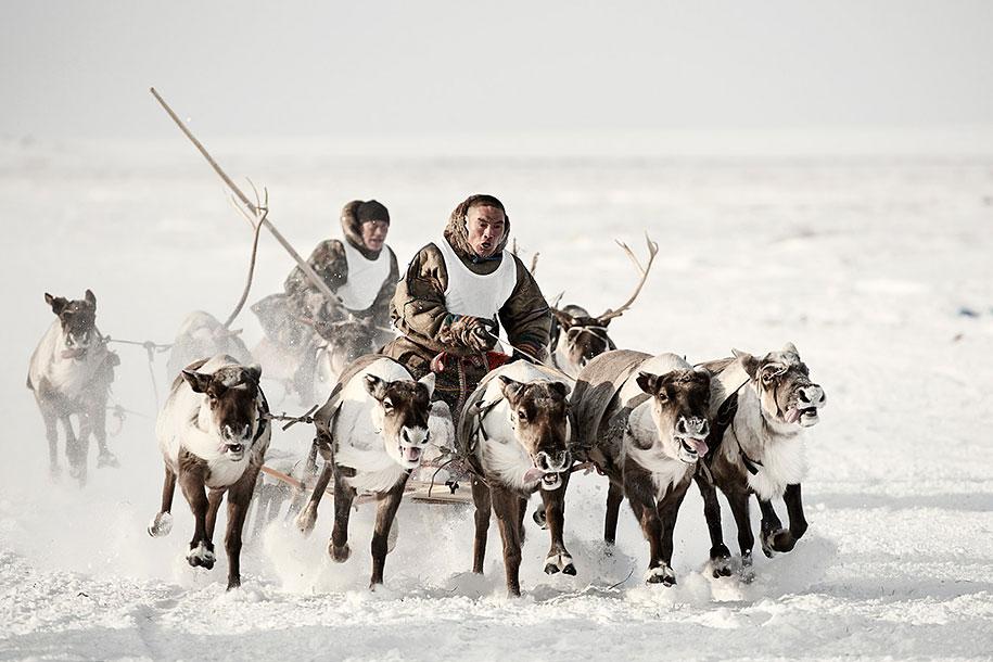 vanishing-tribes-before-they-pass-away-jimmy-nelson-45.jpg