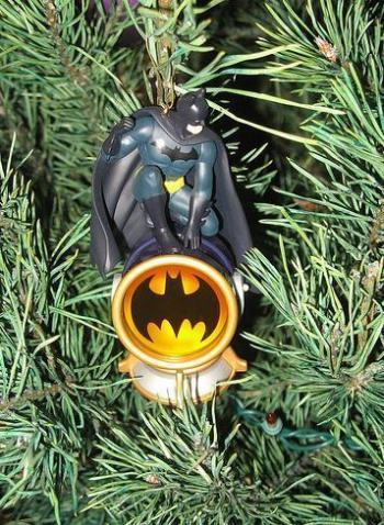 xmas-ornaments-batman-comic.jpg