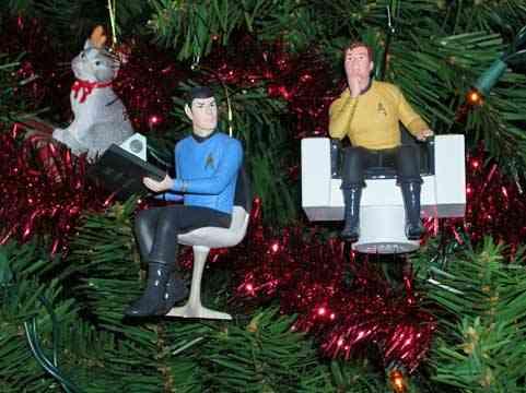 xmas-ornaments-star-trek-kirk-spock.jpg