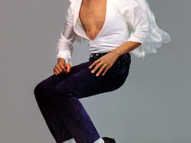 Michael Jackson is the King of Pop Music (Michael Jackson, a pop zene királya).