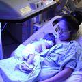 Besárgult baba = kék fény + anya teste + anyatej