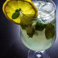 Rózsás-mentás limonádé
