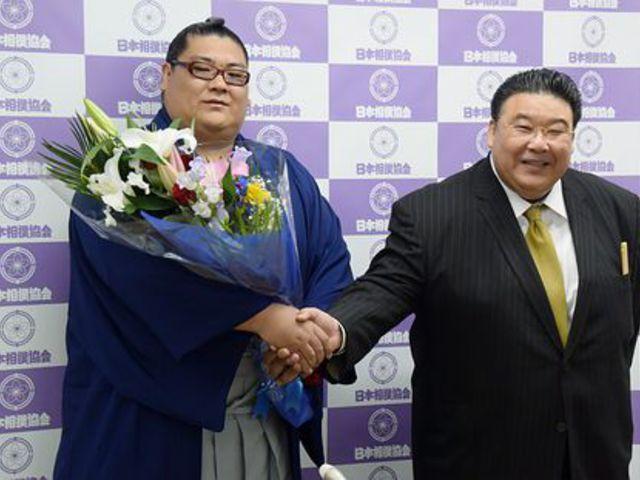 Sadanofuji visszavonult