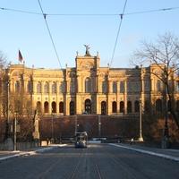 Luxus és hatalom Miksa király utcájában: München, Maximilianstrasse