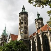 A templom és a kertje: Naumburg (Saale), Domgarten