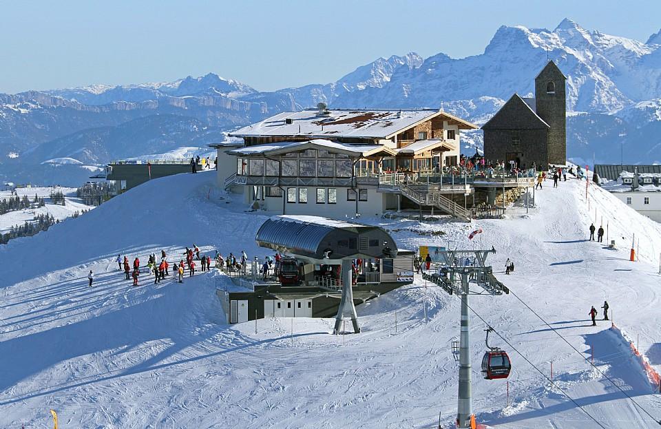 1.Skiwelt-biglayout_Gipfel_der_Hohen_Salve_im_Winter_SkiWelt_Wilder_Kaiser.JPG
