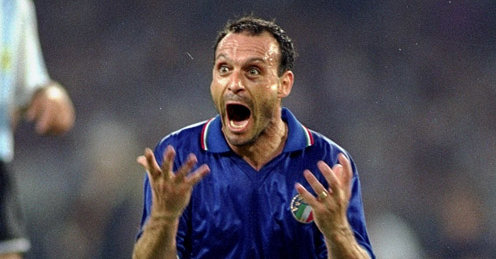 Salvatore-Schillaci-Argentina-Italy-World-Cup_2383380.jpg