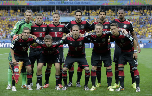 német csapatfotó vs Brazil.jpg