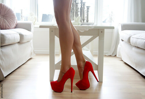 red_lady_my_blue_heart_blog.jpg