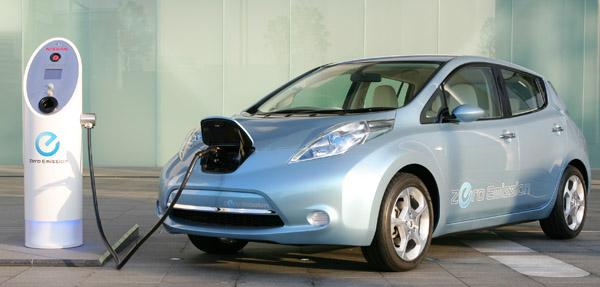 nissan-leaf-charging-600.jpg