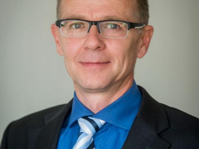 Arckép : Dr. Szabó Miklós Neonatológus