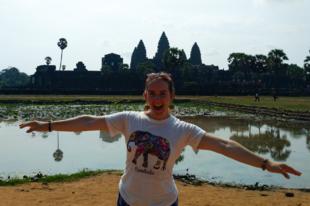 Helló Angkor Wat! Krokodilok közelről, volt aknamező és buddhista templomok  - Kambodzsa 2. rész