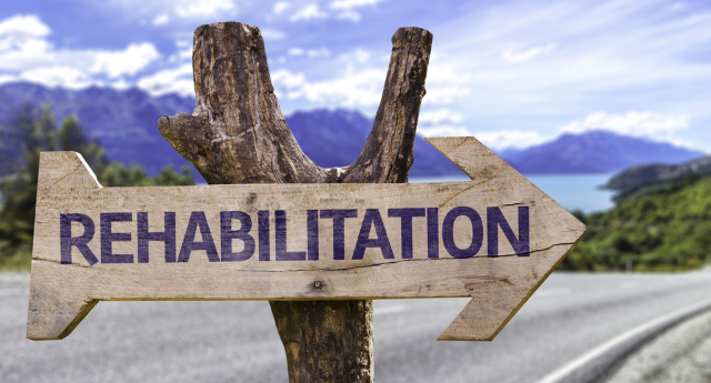 alcohol-abuse-rehabilitation-centers-whats-the-process-like-2_1.png