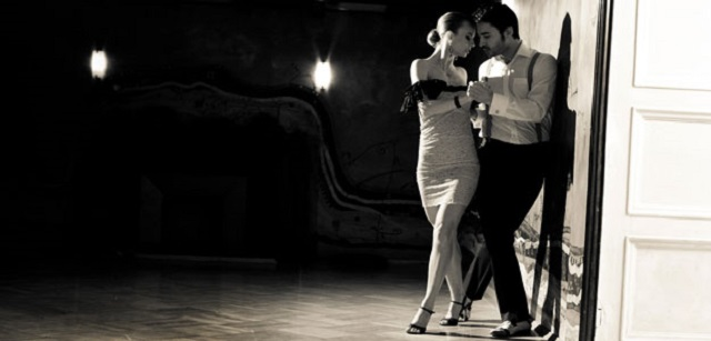 buenos-aires-attraction-night-tango.jpg