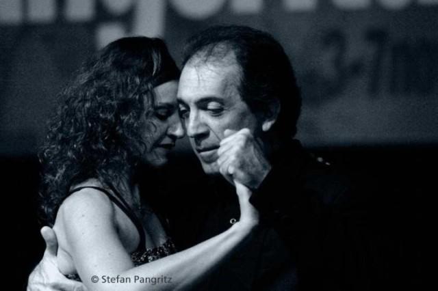 tango_281_1.jpg