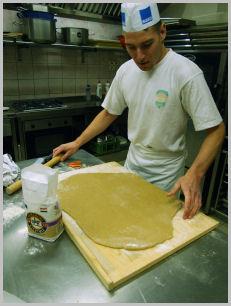 Mézeskalács Szakiskola szakács
