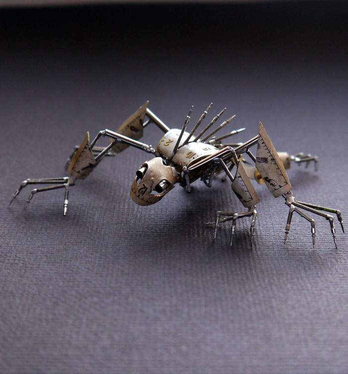 insects-made-from-watch-parts-and-discarded-objects-by-justin-gershenson-gates-a-mechanical-mind-8.jpg