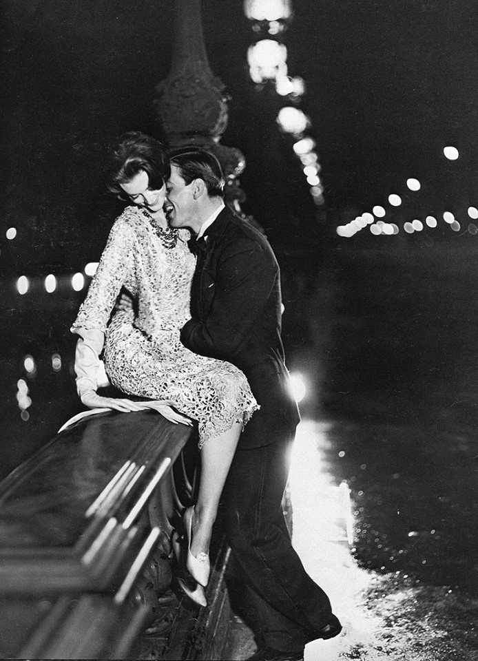 richard_avedon_paris_1957.jpg