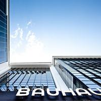 Bauhaus Dessau (dokufilm és fotók)