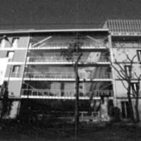 Re-Magház (Octogon 2002)
