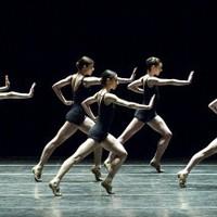 Ha mozdul a zene - balett Steve Reich darabjára