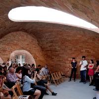 Téglakupola Barcelonában: Bricktopia pavilon