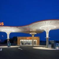 Benzinkút, Galánta (Slo)