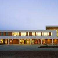 Algyő, általános iskola (Pécsépterv)
