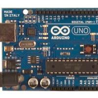Arduino Uno - az Arduino új áramköre (avagy egy pofon a nyílt rendszernek)