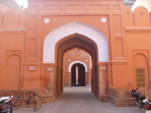 20120225_Junagarh_Gate_500.JPG