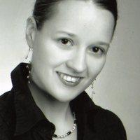 Interjúhétfő - Vendégszerző: Tiszlavicz Mária