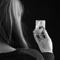 Te is torz tükrön keresztül szemléled önmagadat?