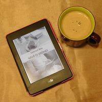 Ezt olvastam - Velencei Rita: Kávé és krémes