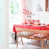 Piros és Rózsaszín - Egy ledöntésre váró tabu