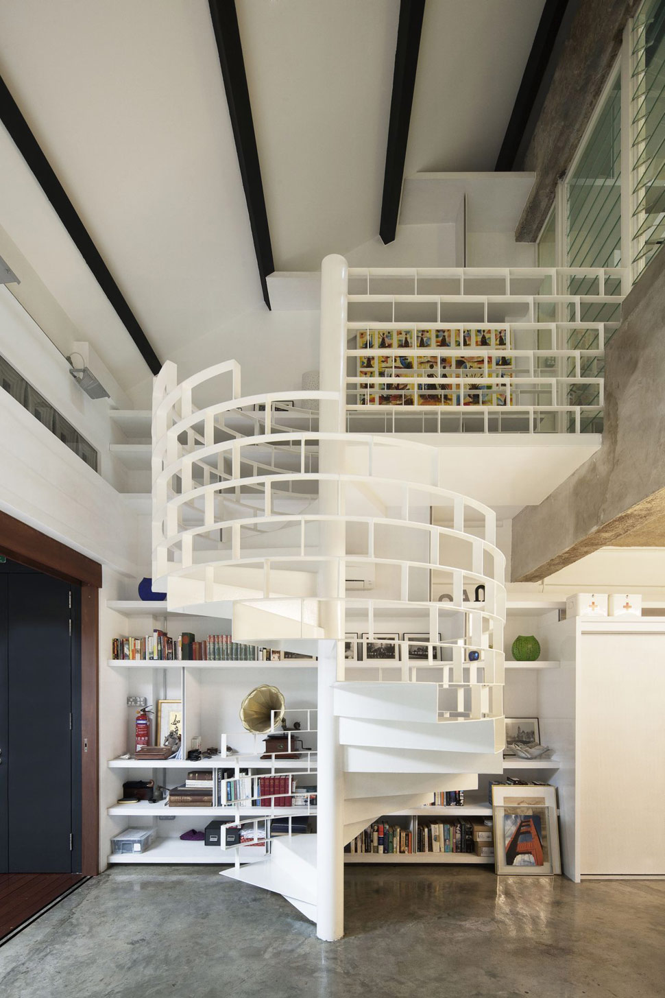 modern-spiral-stairs-with-creative-banister-stair-railings.jpg