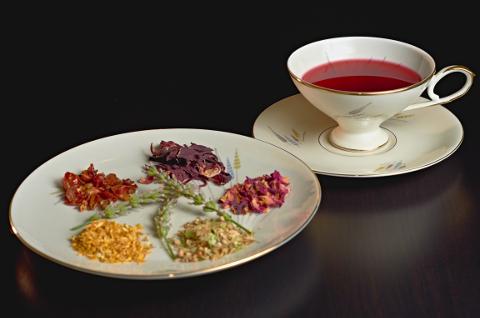 herba_tea_01.jpg