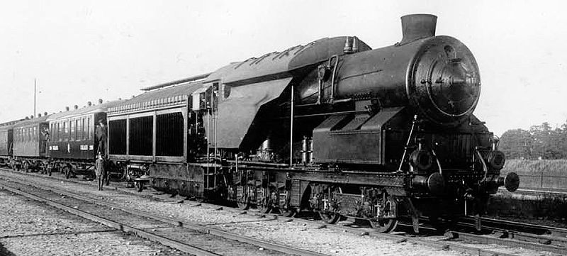 800px-Ljungström_steam_turbine_locomotive_1925.jpg