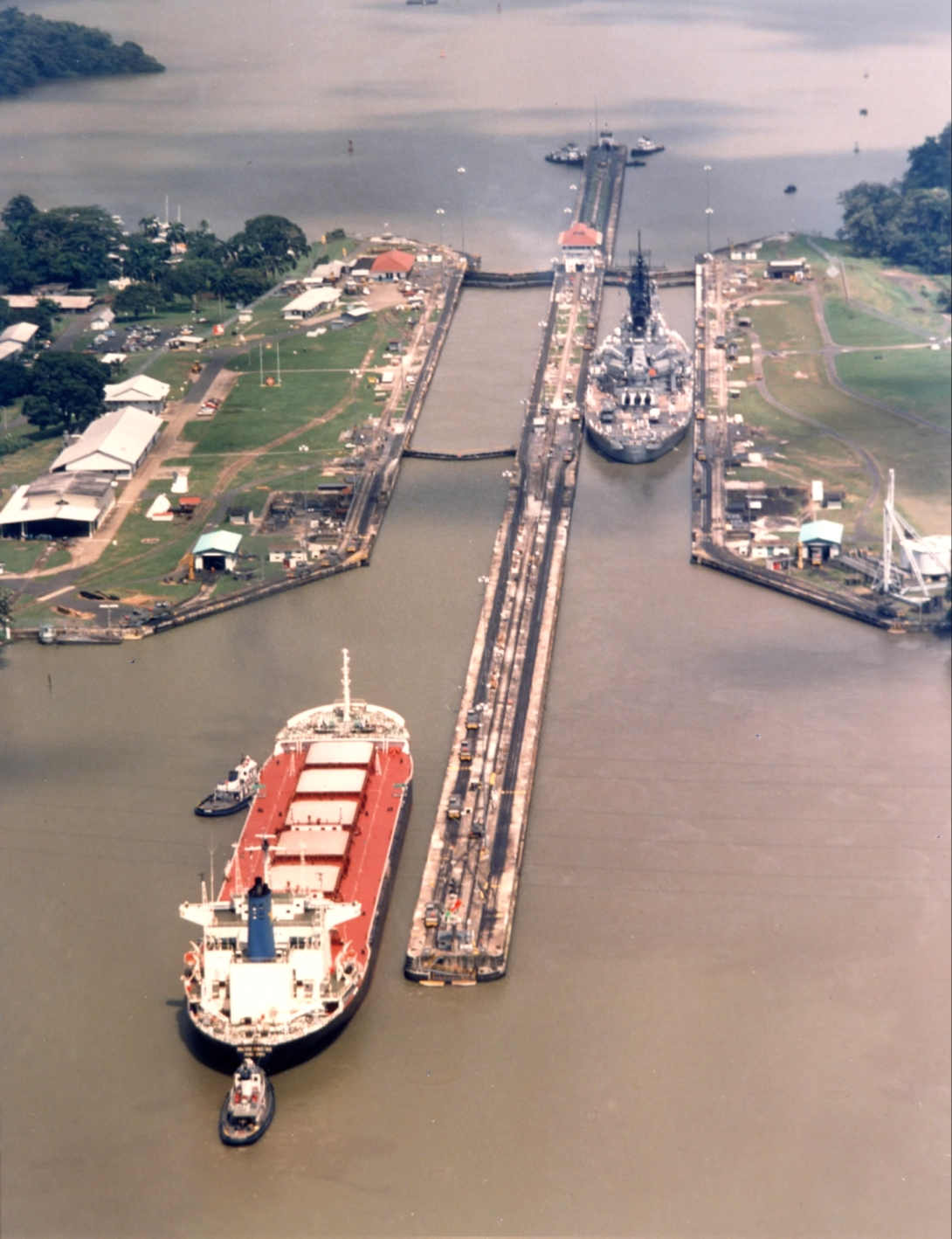 iowa_at_pedro_miguel_locks_canal.jpg