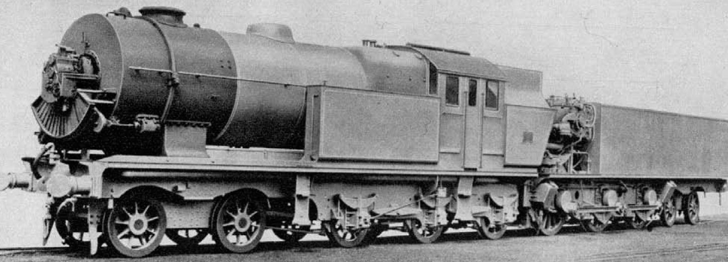 Ljungström_steam_turbine_locomotive_with_preheater_1925.jpg