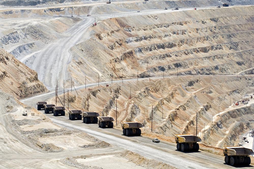 Mining-Trucks-Open-Pit-Mine-DSC8043.jpg