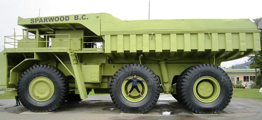 Worlds-Biggest-Truck-3.jpg