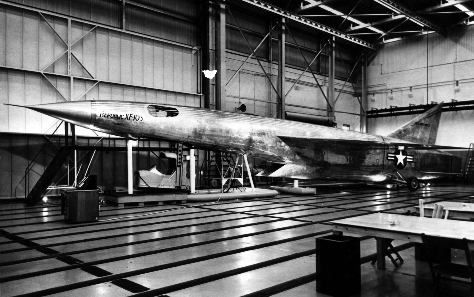 highflight-xf-103-2.jpg