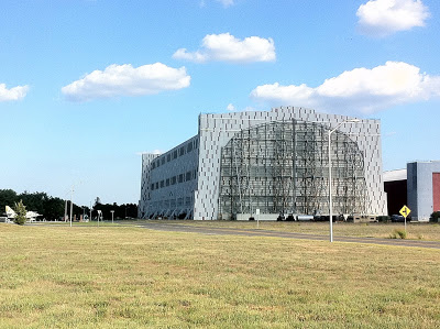 hangár2.jpg