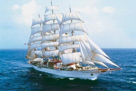 sea-cloud_boat_gallery.jpeg