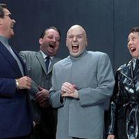 Így reagálnak a riválisok a Samsung gigászi buktájára