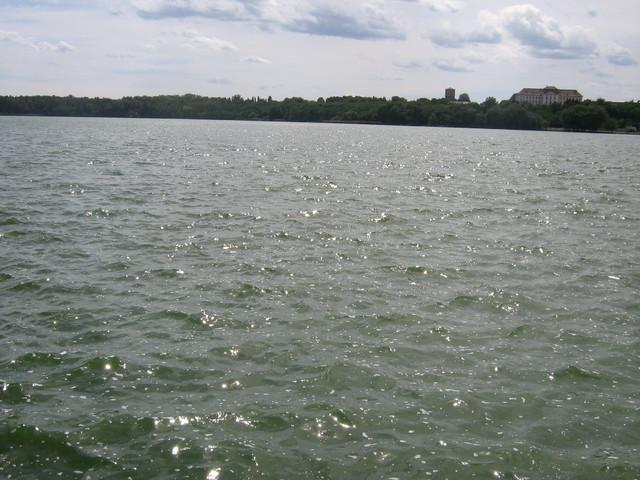 Tata-túra, Öreg-tó, vár