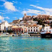 Ibizai nyaralás? 10 kihagyhatatlan úti tipp