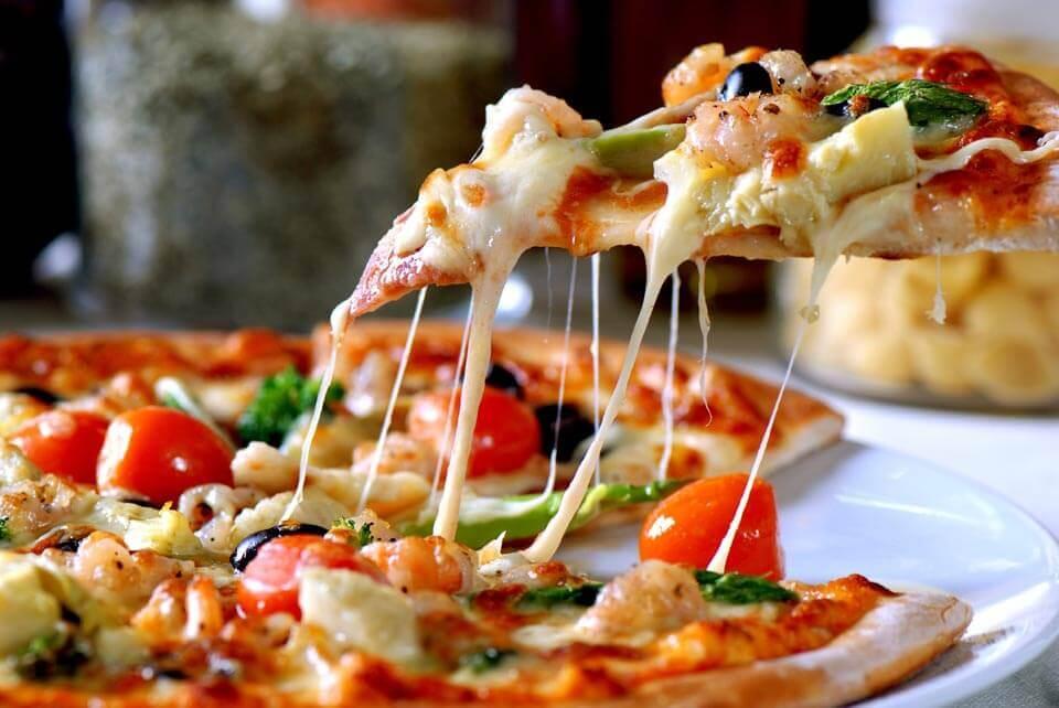 a_legjobb_pizza_napolyban_5.jpg