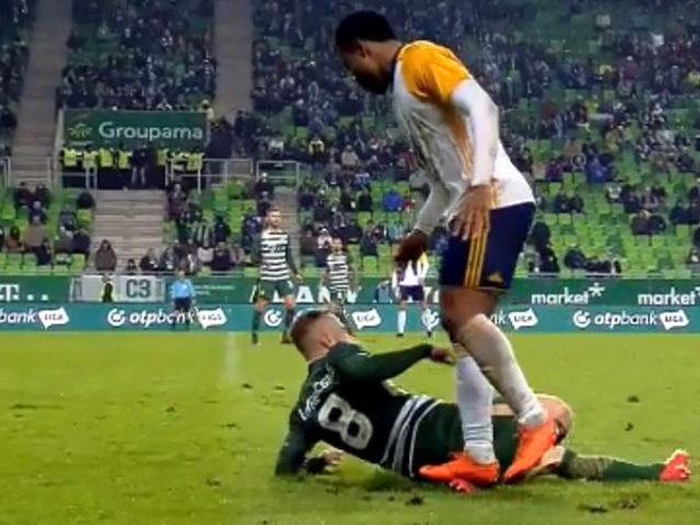 A legsportszerűtlenebb focipillanatok